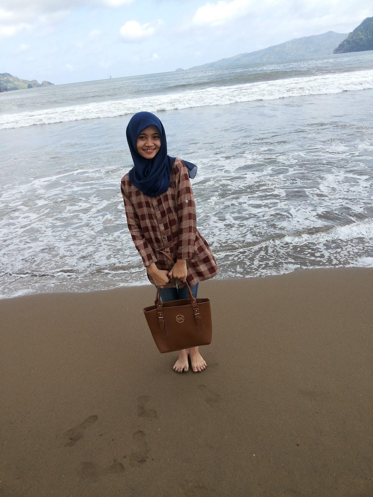 Pantai Prigi Rayi Agustina Salah Satu Pasir Putih Kabupaten Trenggalek