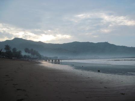 Pantai Prigi Wisata Trenggalek Jatim Berlibur Yuk Terletak 48 Km
