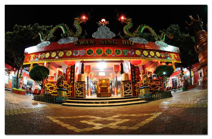 Istana Kaisar Megah Kelenteng Kwan Sing Bio Tuban Oleh Jitu