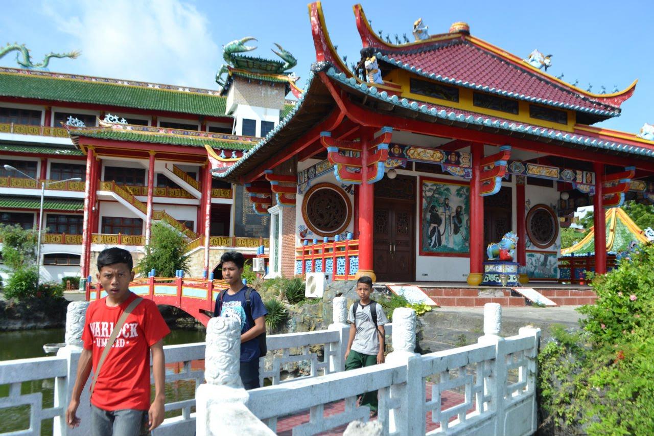Istana Kelenteng Kwan Sing Bio Indah Megah Youtube Klenteng Kab