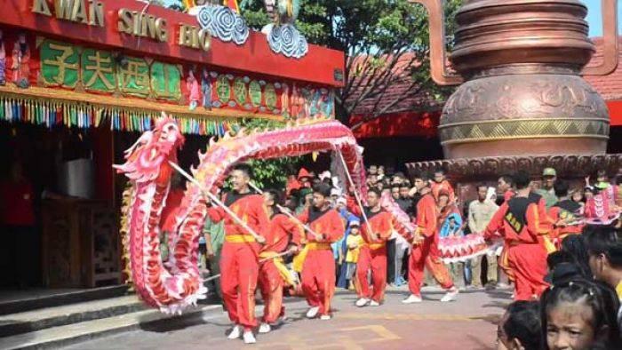 Liburan Imlek Klenteng Kwan Sing Bio Tuban Dikunjungi 3000 Kab