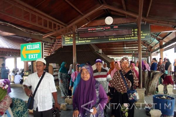 Pengunjung Makam Sunan Bonang Tuban Membeludak Antara News Jawa Timur