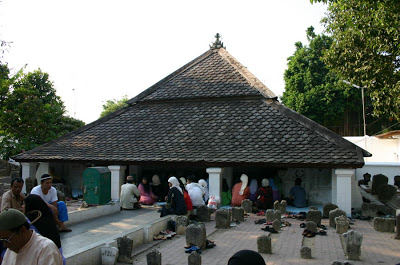 Story Makam Sunan Bonang Tempat Wisata Religius Setiap Hari Apalagi