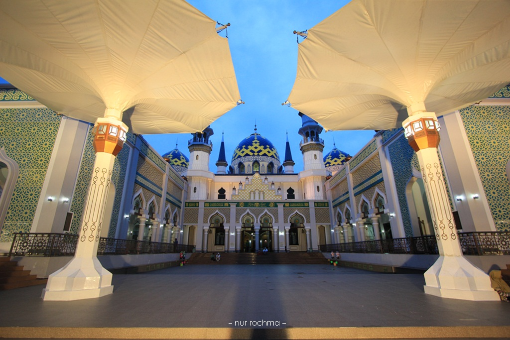 Lovely Mom Ngabuburit Masjid Agung Tuban Kab