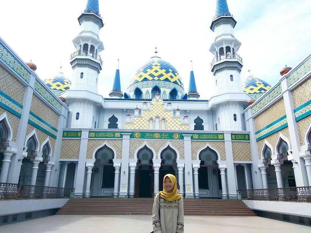 Makan Rajungan Ndoro Bei Tuban Bikin Ketagihan Traveling Yuk Masjid