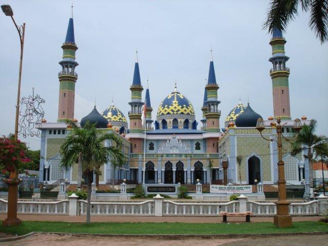 Masjid Agung Tuban Night Wherysusanto Mapio Net Simbol Keperkasaan Kab