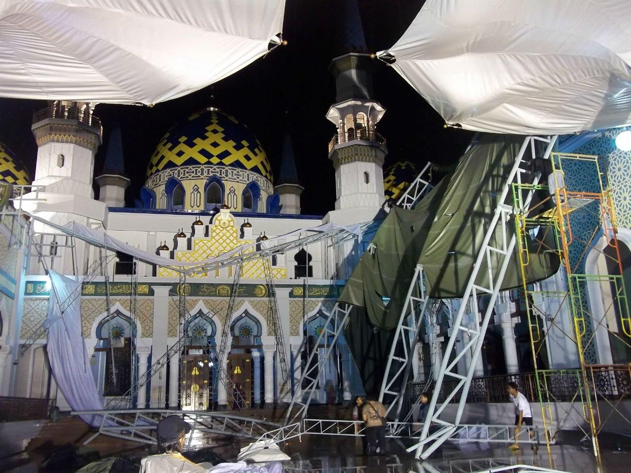 Suasana Robohnya Terob Masjid Agung Tuban Youtube Kab