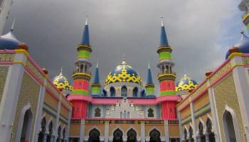 Sujud Sejenak Masjid Muhammad Cheng Hoo Pandaan Jawa Timur Singgah
