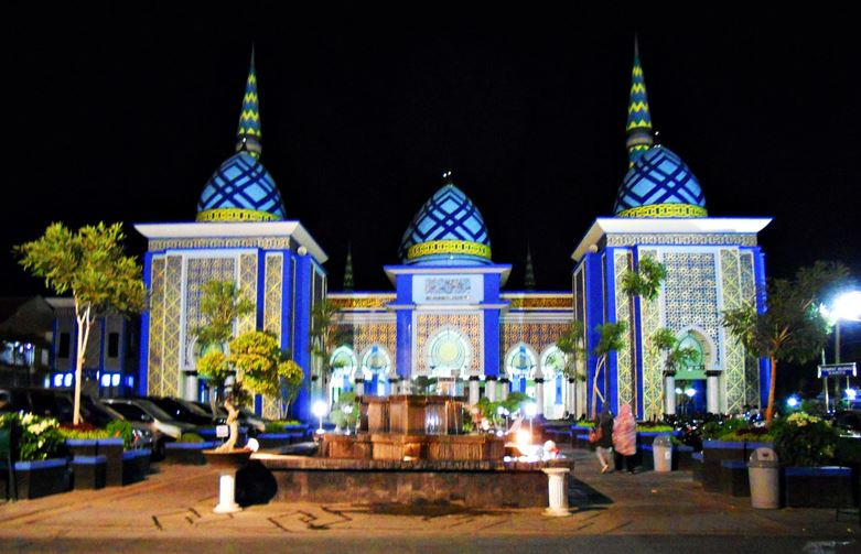 Wisata Tuban Masjid Agung Obyek Digemari Bagi Wisatawan Terutama Beribadah