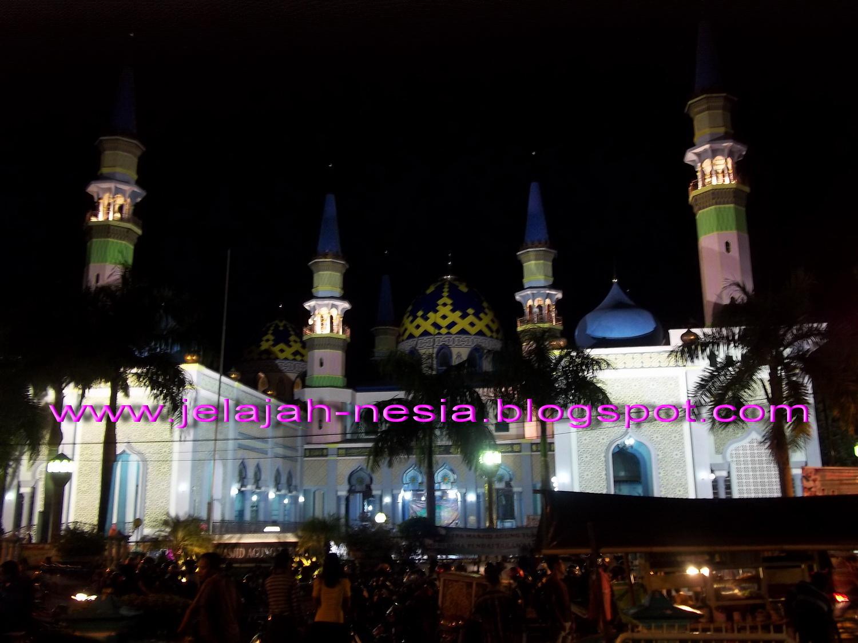 Www Jelajah Nesia Blogspot Indahnya Masjid Agung Tuban Malam Berada