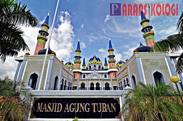 Ziarah 10 Wisata Religi Kota Tuban Bisa Datangkan Berkah Masjid