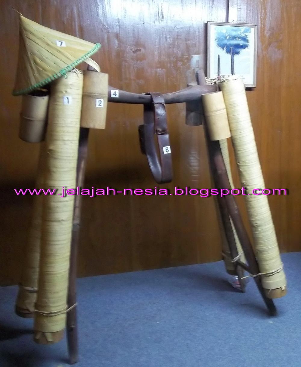 Www Jelajah Nesia Blogspot Ongkek Langka Museum Kambang Putih Kab