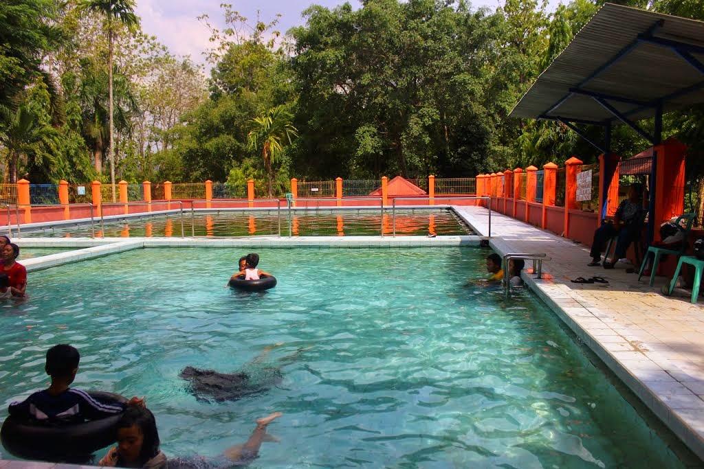 Wisata Sambil Berobat Pemandian Air Panas Prataan Tuban Bektiharjo Kab