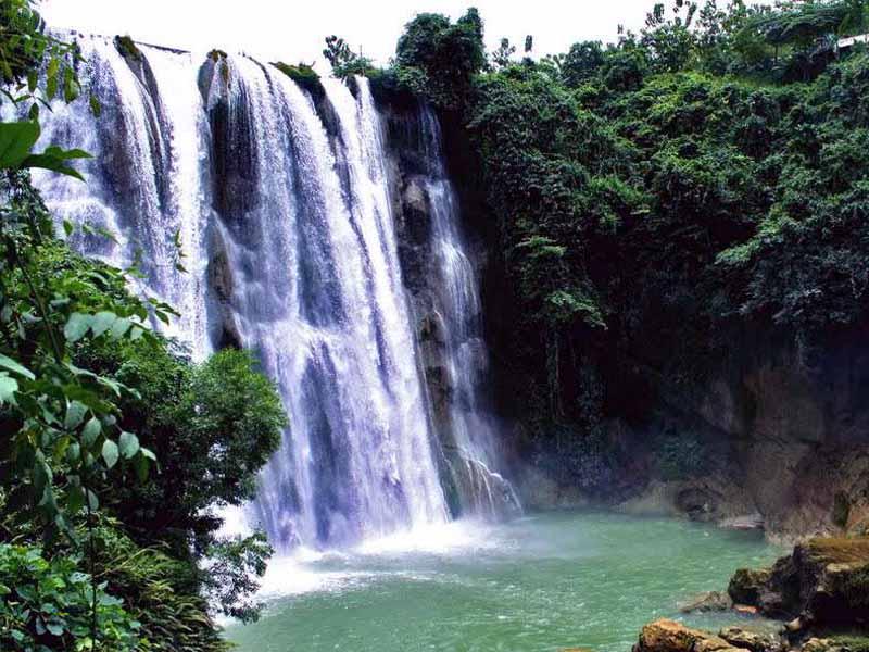 10 Obyek Wisata Tuban Patut Dikunjungi Air Terjun Nglirip Taman