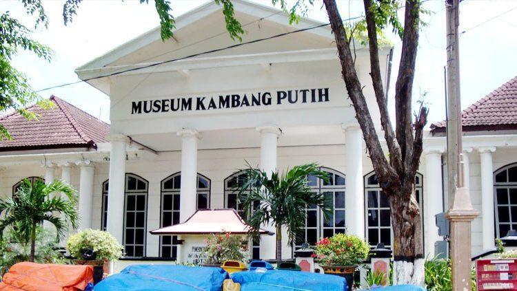 Museum Kambang Putih Satu Satunya Tuban Jawa Timur Taman Kab