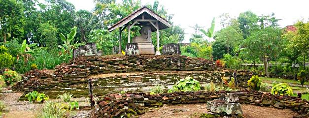 Candi Boyolangu Kabupaten Tulungagung Dadi Kab