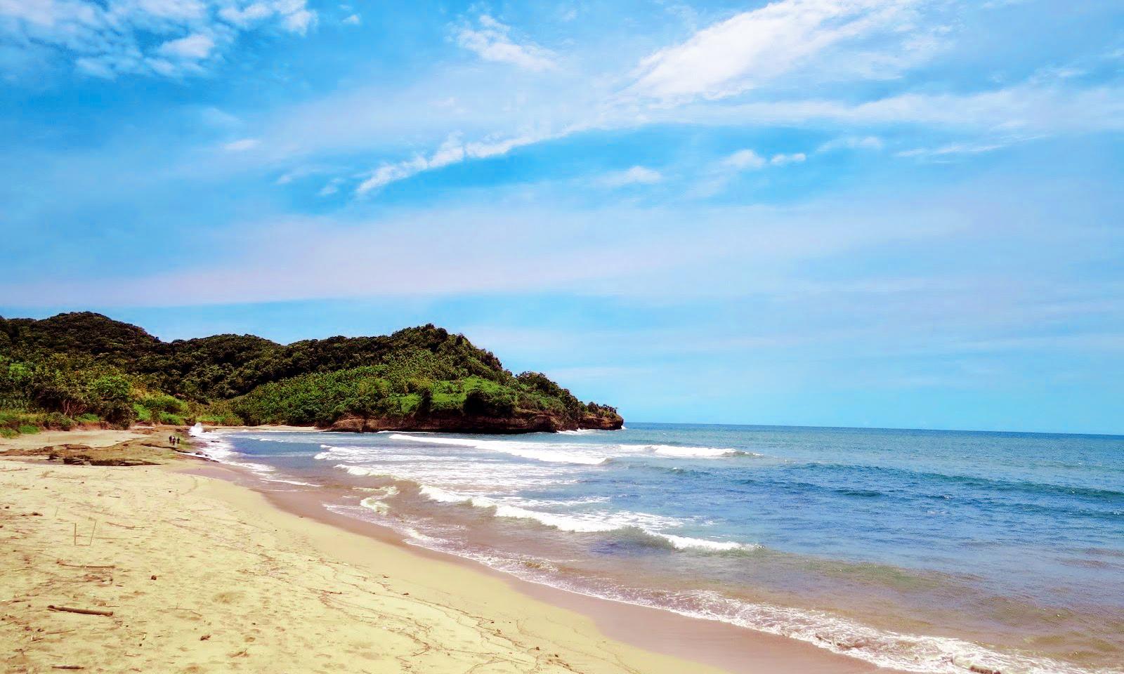 Daftar Tempat Wisata Tulungagung Edisi Terlengkap Ombonejagad 49 Pantai Molang
