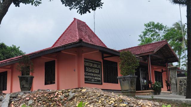 Desa Geger Kec Sendang Kab Tulungagung Candi Penampihan