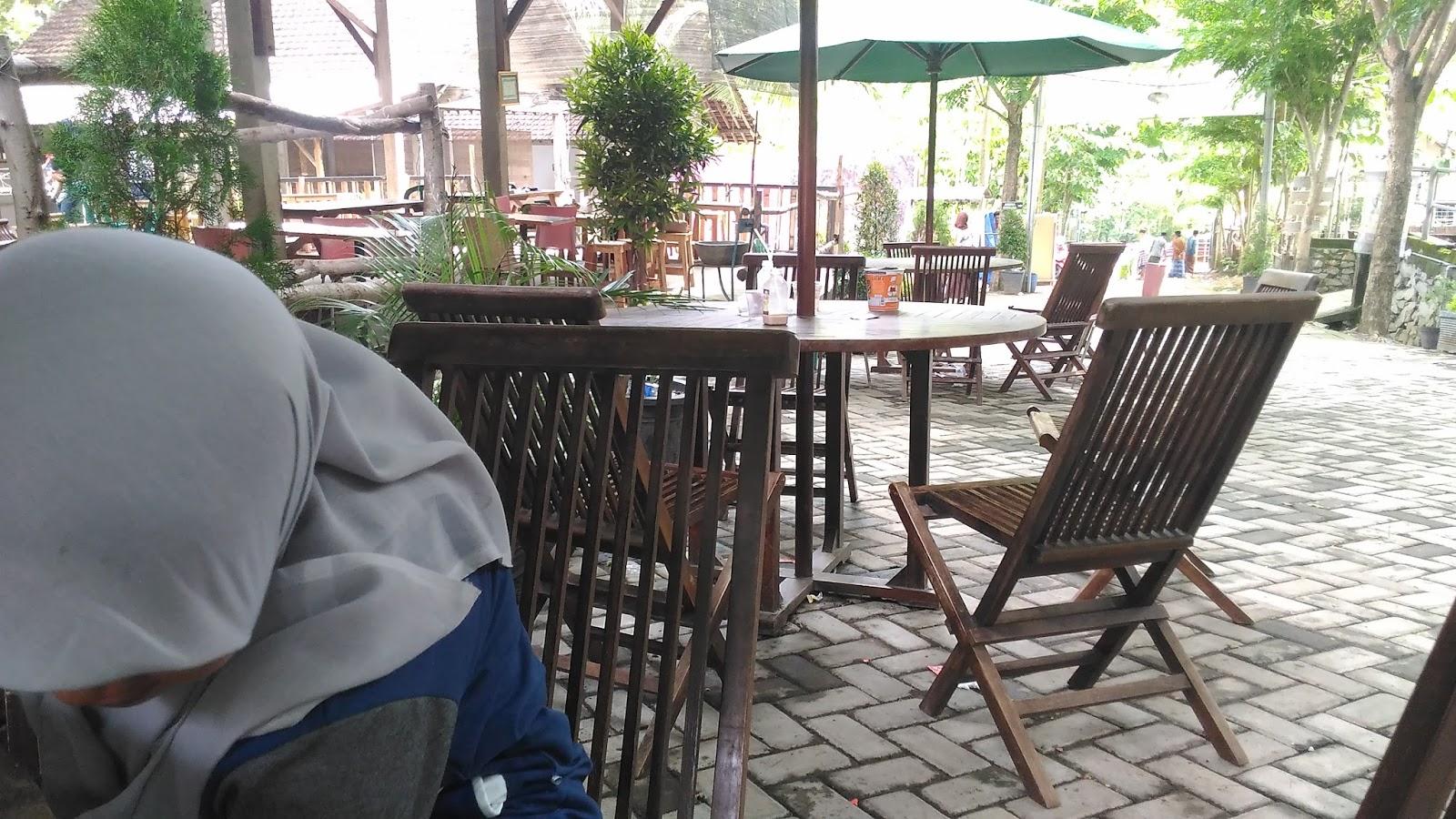 World Adventure Destination Kampung Susu Dinasty Lapar Disini Cafetarianya Kab