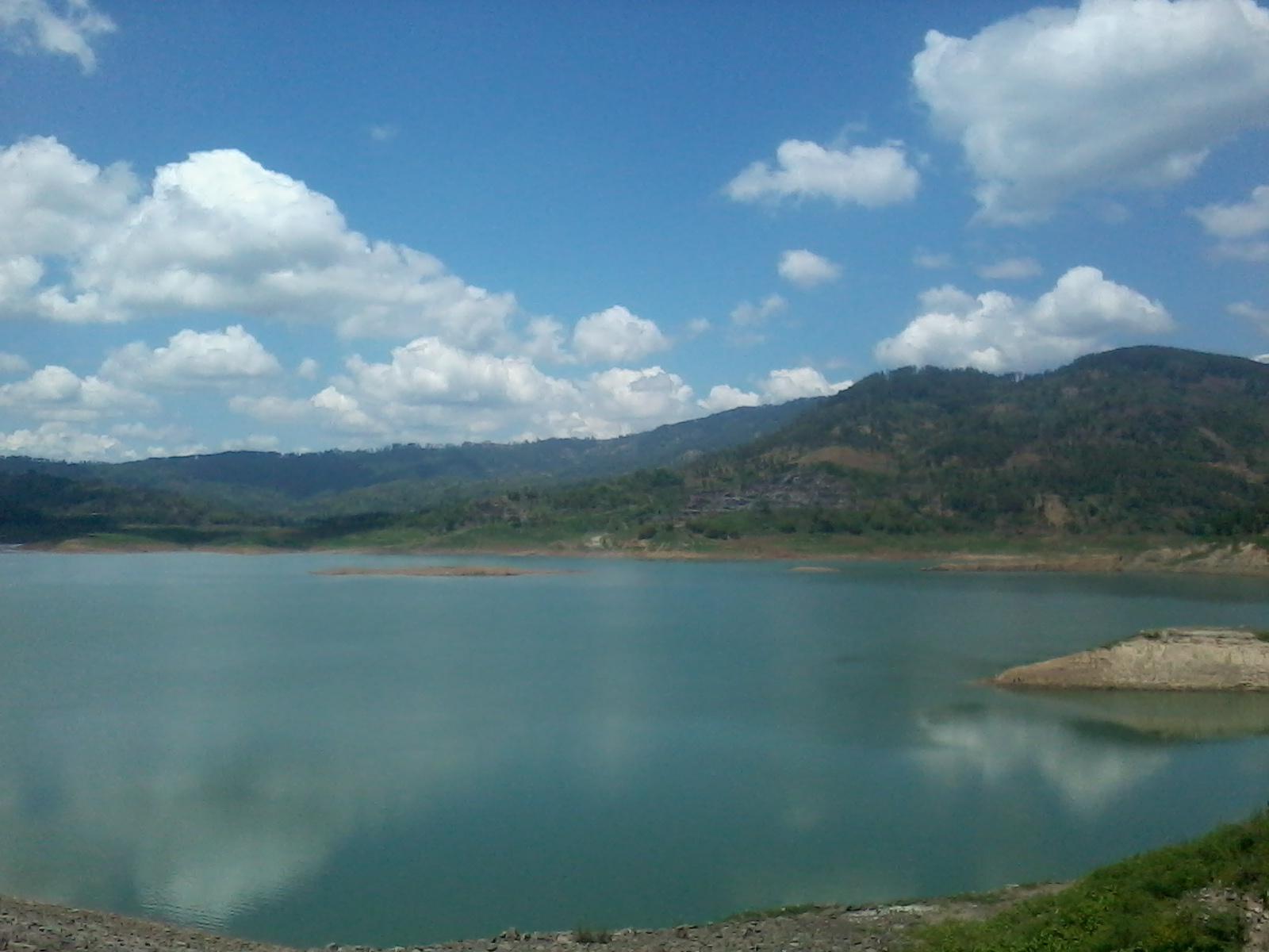 Waduk Wonorejo Kabupaten Tulungagung Populer Taman Air Jambooland Kab