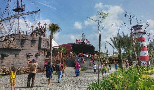 10 Foto Jogja Bay Waterpark Pirates Harga Tiket Masuk Lokasi