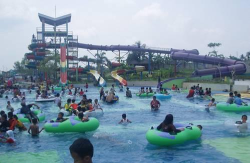 11 Tempat Wisata Tasikmalaya Wajib Jadi Tujuan Sekeluarga Water Splash