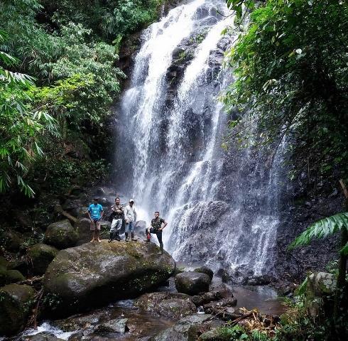 42 Tempat Wisata Tulungagung Patut Dikunjungi Air Terjun Parang Kikis