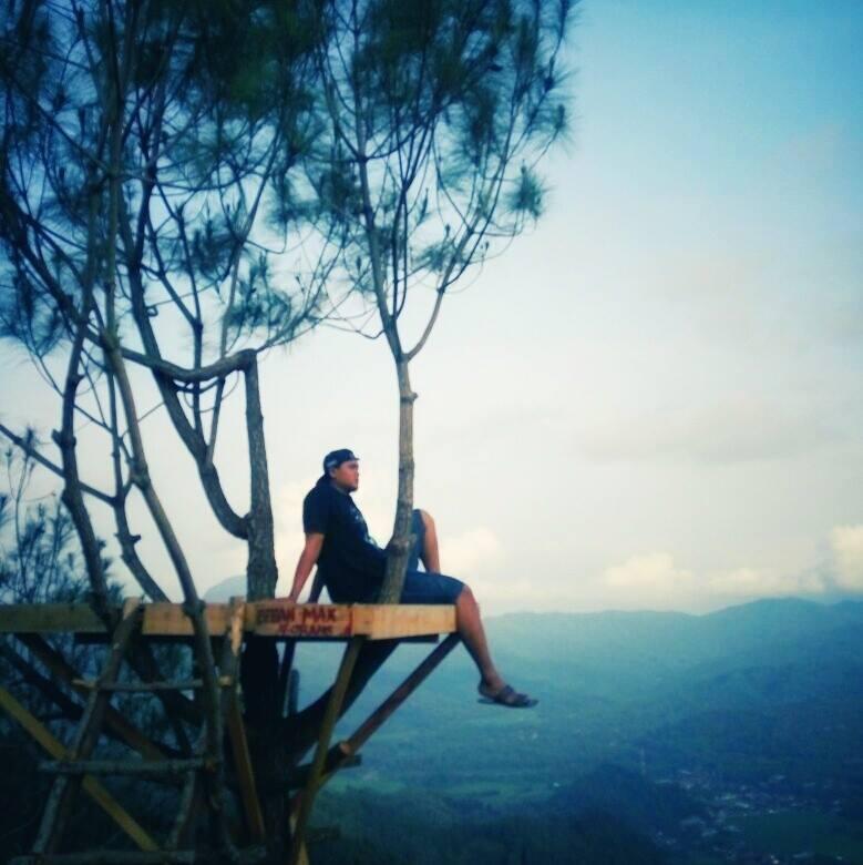 Puncak Gunung Prongos Mulai Ngehits Kota Trenggalek Biasa Disebut Ngarai