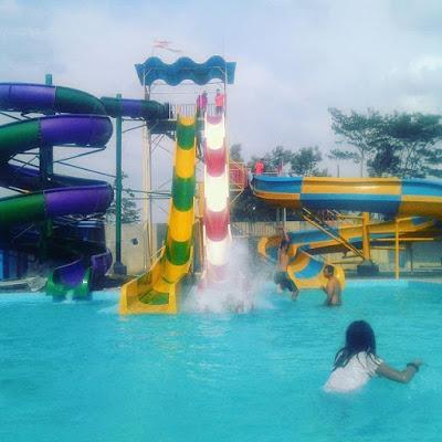 Splash Waterpark Tulungagung Wisata Keluarga Foto Kacamatawisata Taman Air Kab