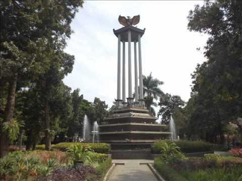 Wisata Tulungagung Taman Aloon Kusumawicitra Kab