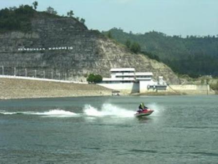 2012 08 26 Zona Politika Waduk Wonorejo Tulungagung Taman Nyawangan
