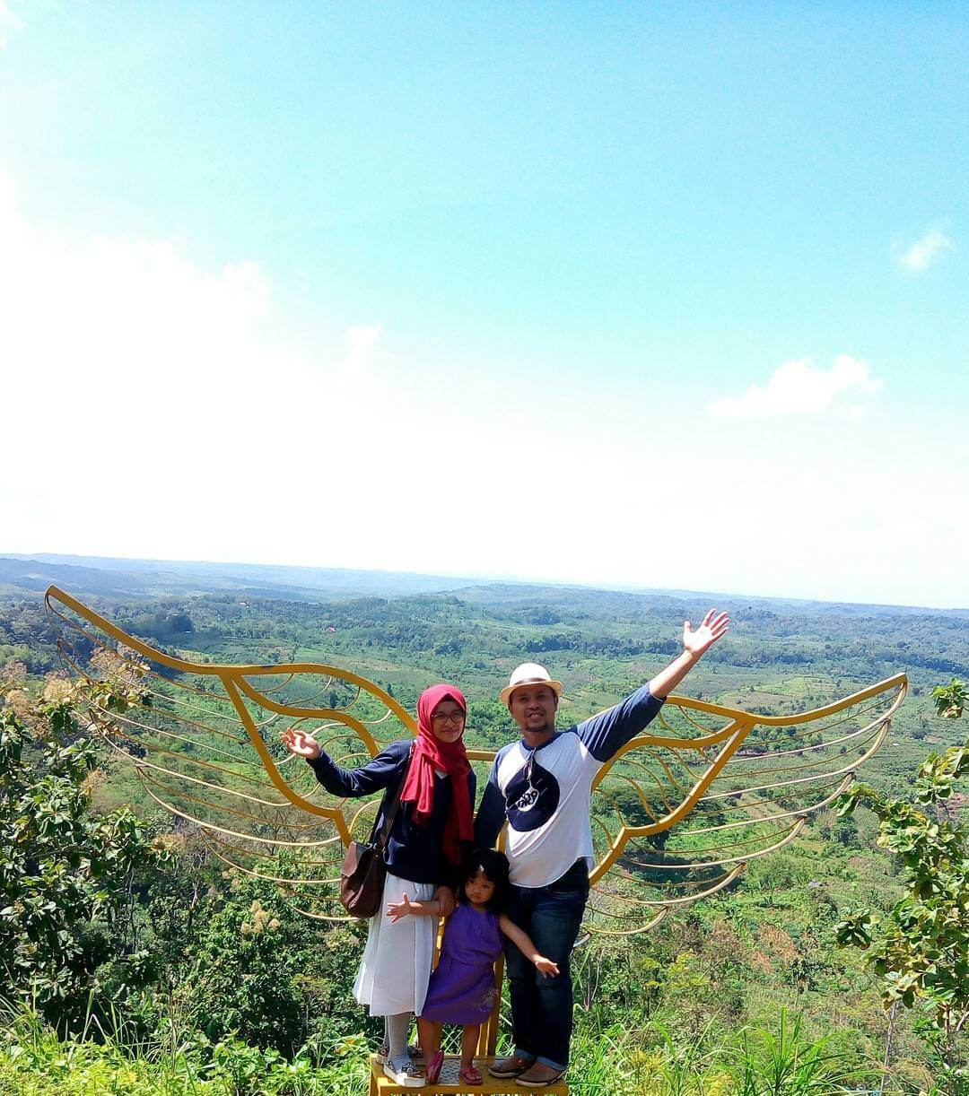 Bukit Dondong Asri Tulungagung Wisata Desa Tanggunggunung Taman Nyawangan Kab