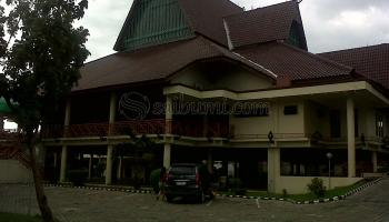Abadikan Momen Indah Islami Masjid Agung Al Furqon Bandar Area