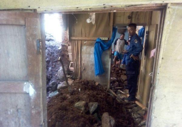 Buset 2018 9 Bencana Longsor Terjadi Bandar Tanah Jalan Udang