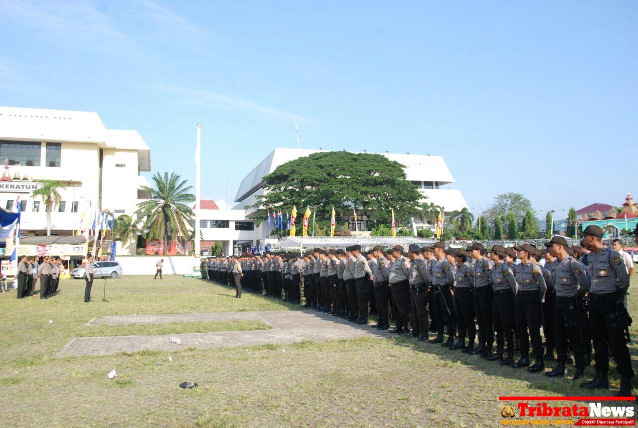 Day Polresta Bandar Lampung Siagakan Ratusan Personil Amankan Masjid Agung