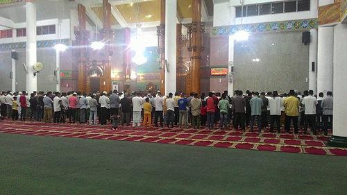 Tarawih Perdana Masjid Agung Al Furqon Lungsir Bandar Lampung Tampak