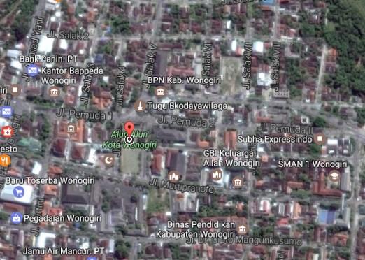 Pesona Keindahan Objek Wisata Alun Kota Wonogiri Jawa Tengah Demikianlah