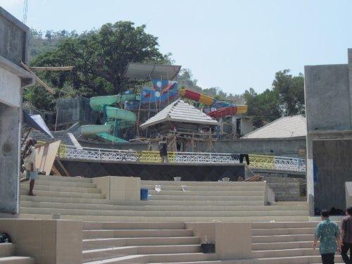 Arena Luncur Gantole Paradiso Wonogiri Proyek Water Boom Waduk Gajah