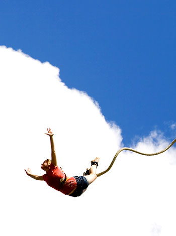 Extremeina Air Bungee Jumping Salah Satu Olahraga Ekstrem Mulai Digemari