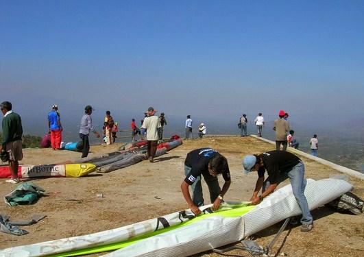 Pesona Keindahan Objek Wisata Papan Luncur Gantole Sendang Wonogiri Jawa