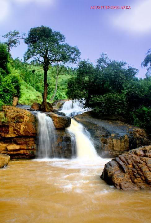 Randusari Ngadirojo Obyek Wisata Wonogiri Jawa Tengah Bagian Timur Terdapat