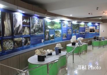 Wisata Wonogiri Belajar Geologi Sambil Berwisata Edukasi Museum Koleksi Batu