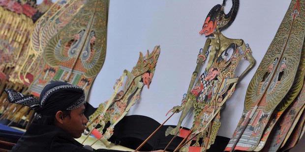 Denyut Hidup Museum Wayang Pondok Tingal Banyobiroe Tampil Membawakan Kulit