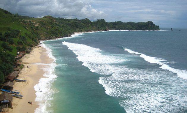 10 Foto Pantai Nampu Paranggupito Wonogiri Rute Sukoharjo Solo Pacitan