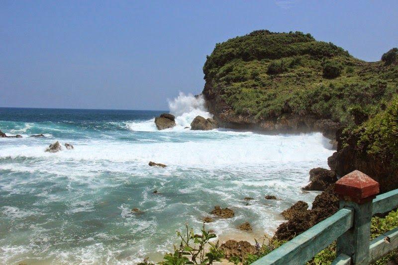 14 Tempat Wisata Wonogiri Pantai Sembukan Nampu Kab