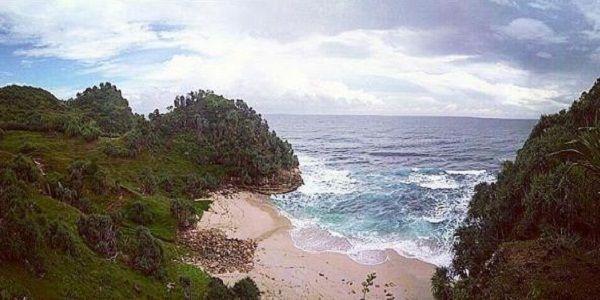 Destinasi Wisata Pantai Nampu Wonogiri Misscantika Kab