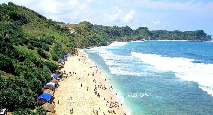 Destinasi Wisata Pantai Nampu Wonogiri Tempatwisata Id Penuh Pesona Kab