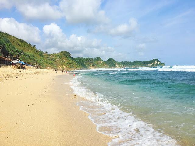 Info Lengkap Pantai Nampu Unik Indah Wonogiri Kab