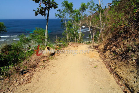 Pantai Nampu Bukit Indah Pemekaran Kawasan Wisata Wediombo Jalan Menuju