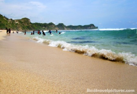 Pantai Nampu Sadeng Sembukan Wonogiri Solo Weirdo Jawa Tengah Indonesia